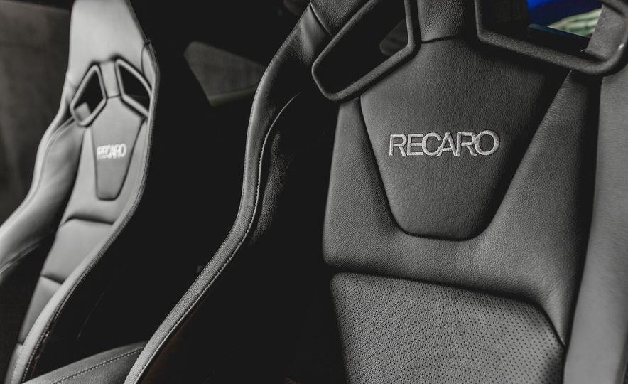 2015 Ford Mustang GT - Slide 28