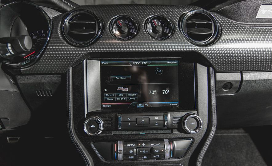 2015 Ford Mustang GT - Slide 30