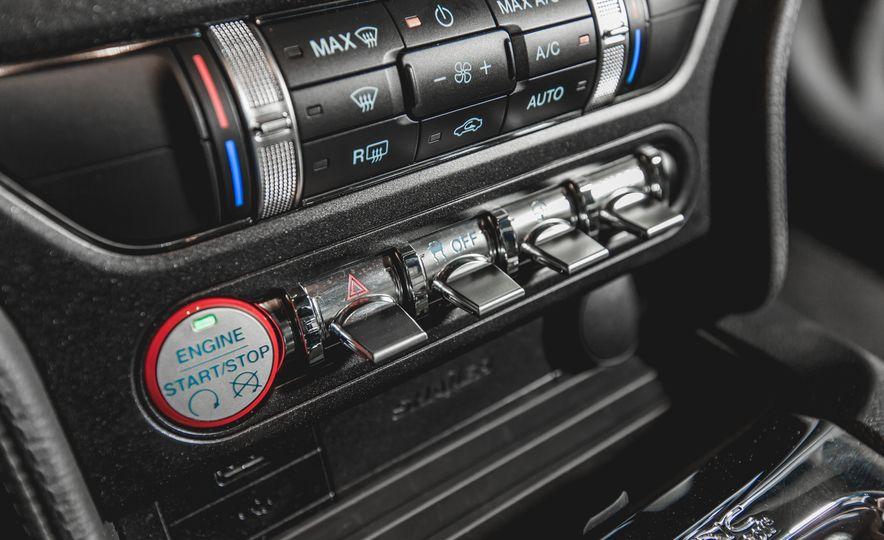 2015 Ford Mustang GT - Slide 34