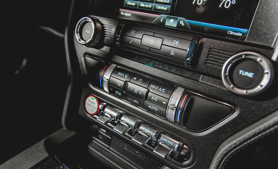 2015 Ford Mustang GT - Slide 35