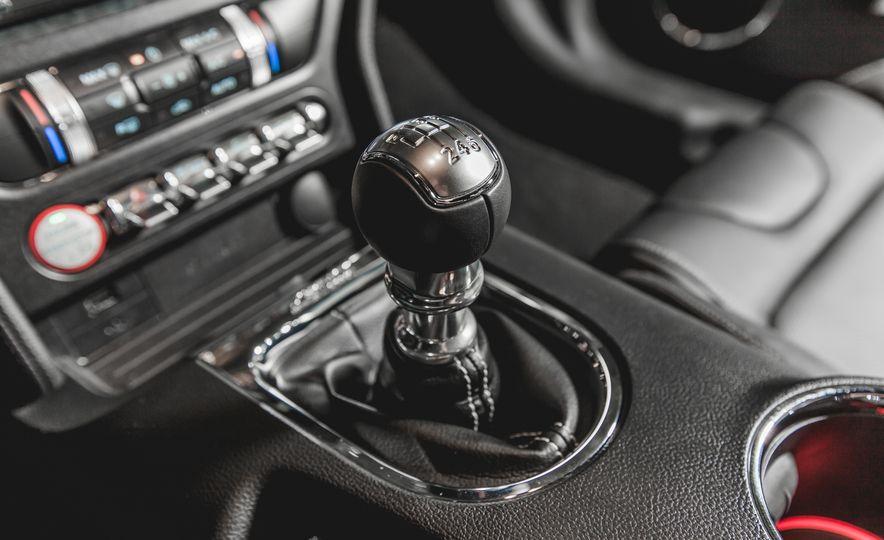 2015 Ford Mustang GT - Slide 36
