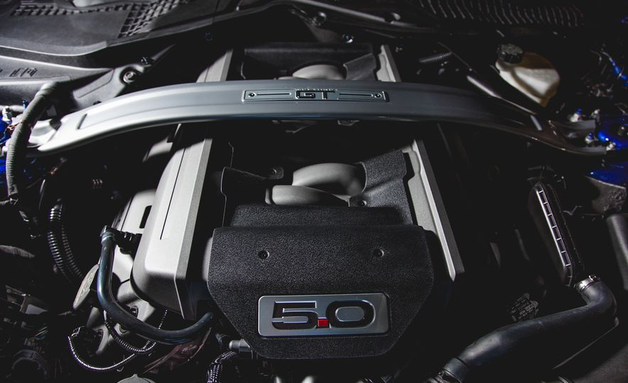 2015 Ford Mustang GT - Slide 41