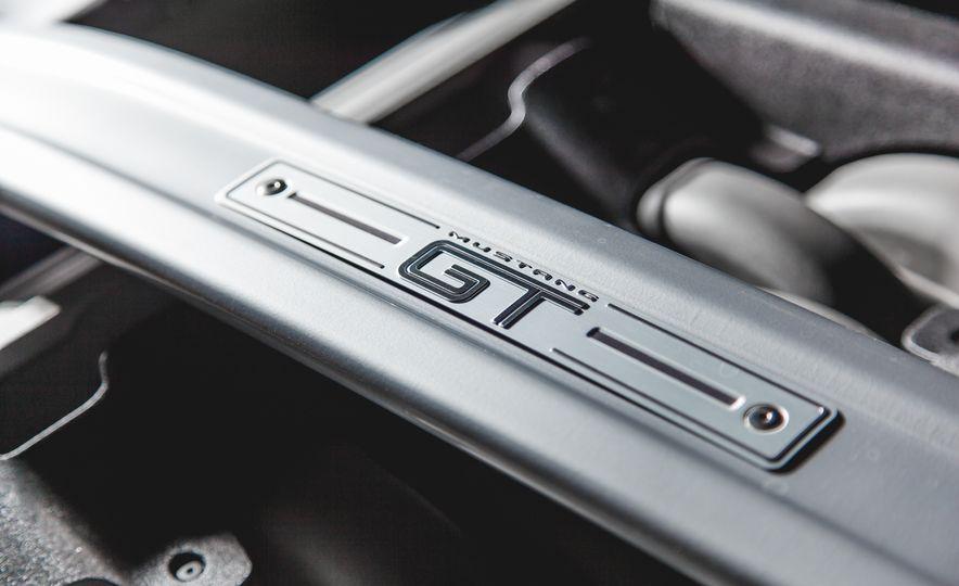 2015 Ford Mustang GT - Slide 42