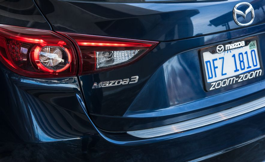 2015 Mazda 3 2.5L hatchback - Slide 71