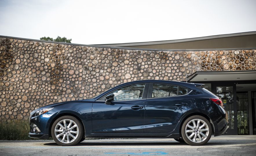 2015 Mazda 3 2.5L hatchback - Slide 58