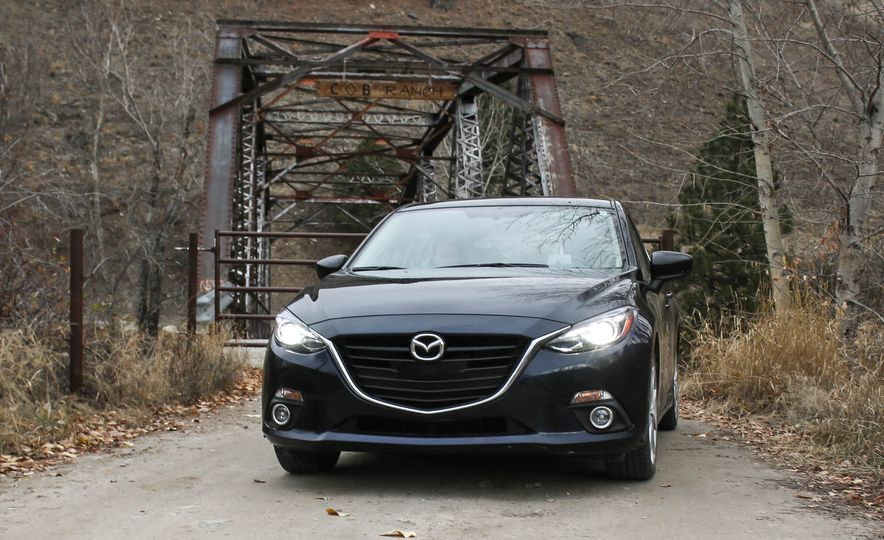 2015 Mazda 3 2.5L hatchback - Slide 35