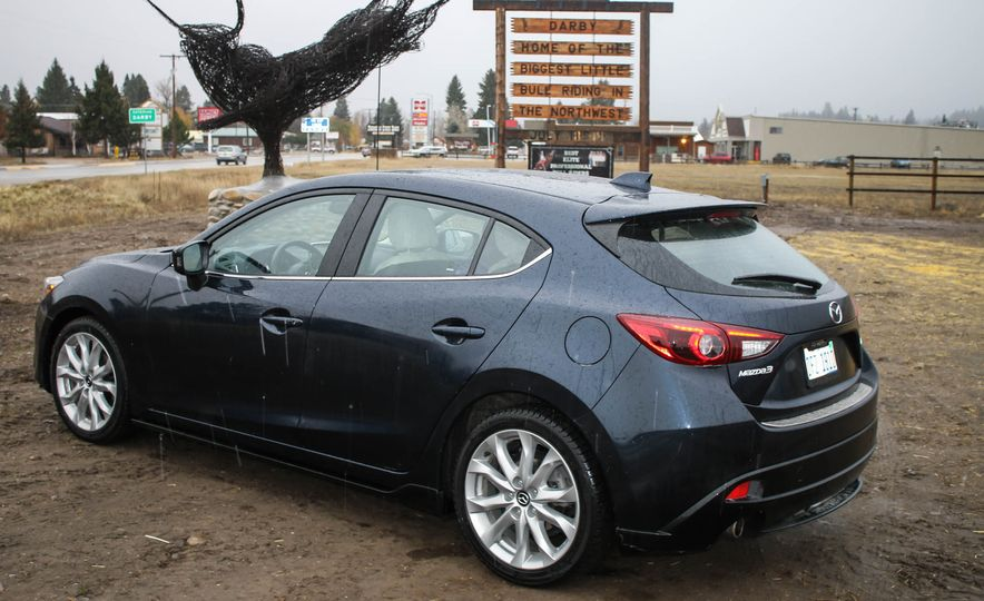 2015 Mazda 3 2.5L hatchback - Slide 39