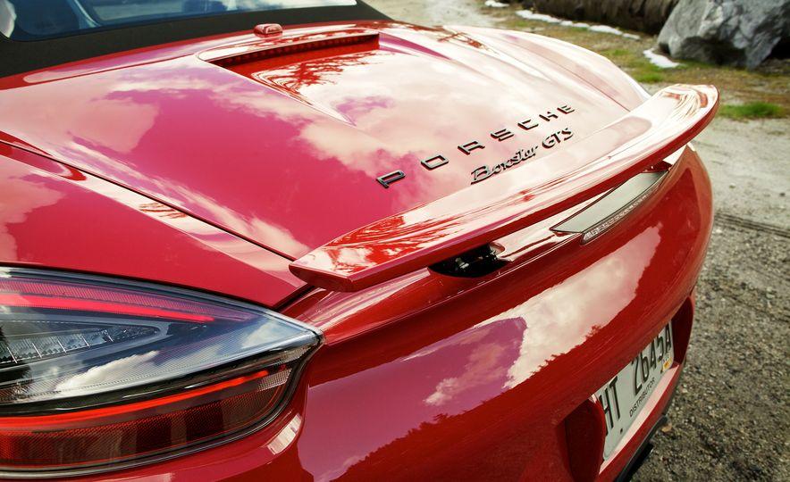 2015 Porsche Boxster GTS - Slide 33