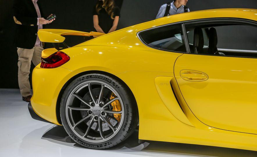 2015 Porsche Cayman GT4 - Slide 25