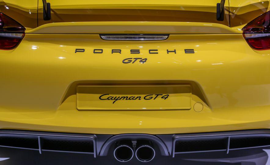 2015 Porsche Cayman GT4 - Slide 29