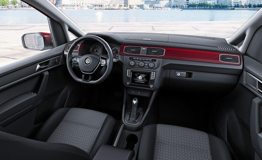 2015 Volkswagen Caddy TDI - Slide 13