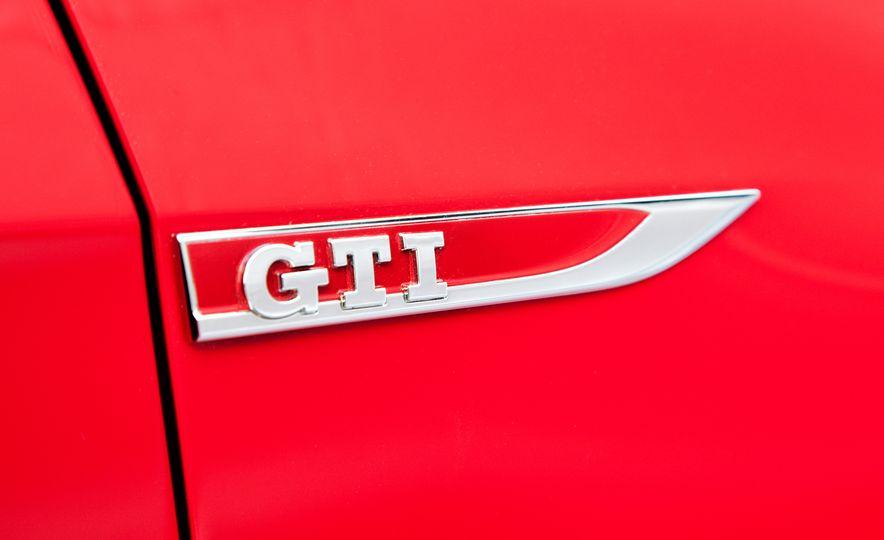 2015 Volkswagen GTI - Slide 11