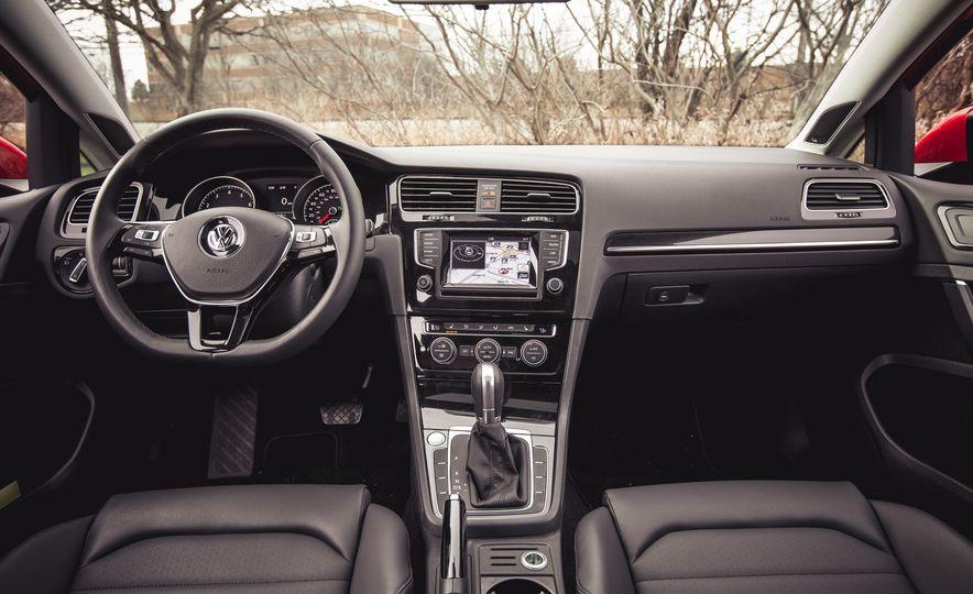 2015 Volkswagen Golf 1.8T TSI - Slide 31