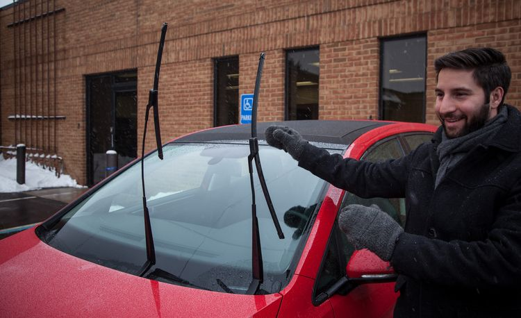 "The Windshield-Wiper ""Service Position"" Explained"