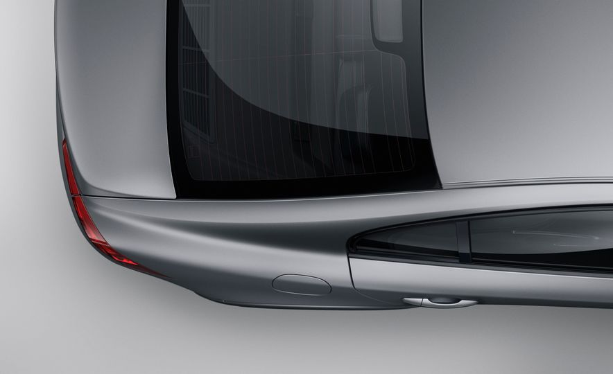 Volvo S60 Cross Country - Slide 8