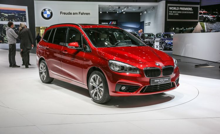 2016 BMW 2-series Gran Tourer: The Front-Wheel-Drive BMW Mini-Minivan – Official Photos and Info