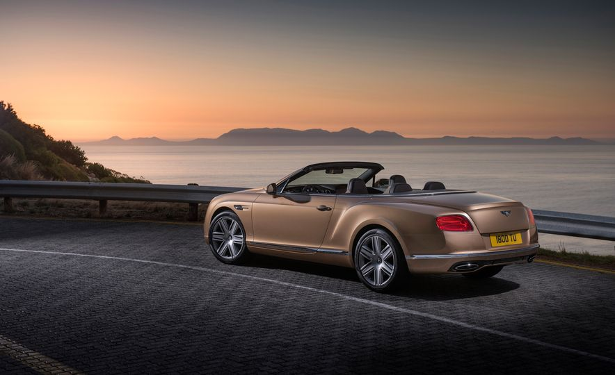 2016 Bentley Continental GT Speed - Slide 31