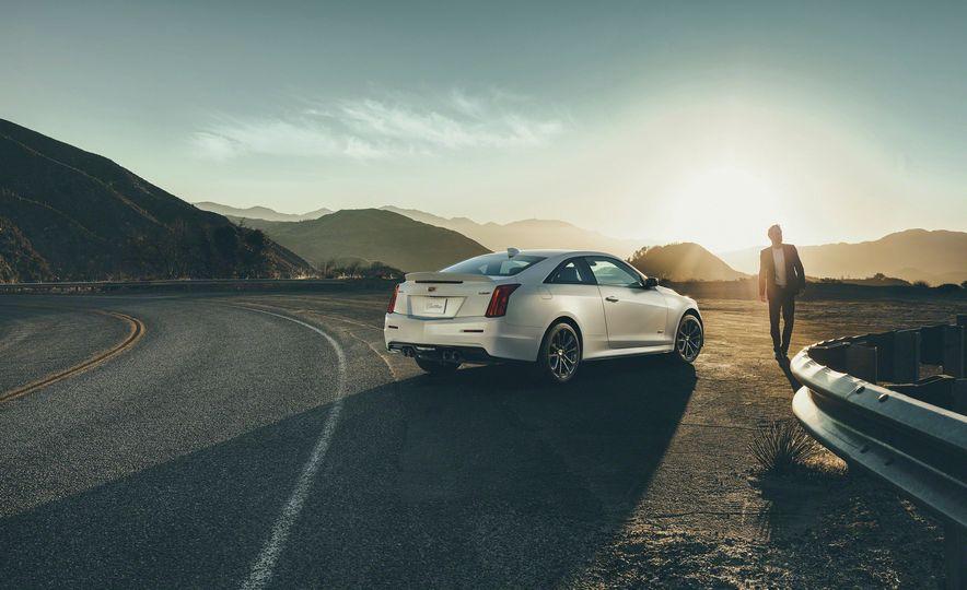 2016 Cadillac ATS-V coupe - Slide 9