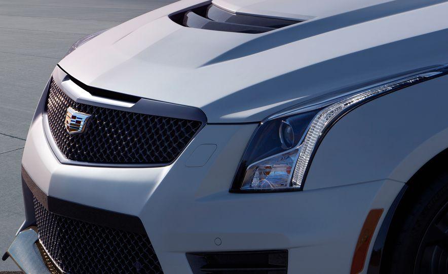 2016 Cadillac ATS-V coupe - Slide 14