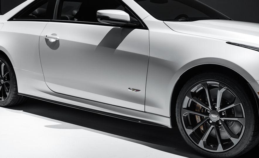2016 Cadillac ATS-V coupe - Slide 18