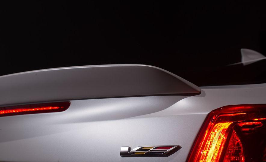 2016 Cadillac ATS-V coupe - Slide 20