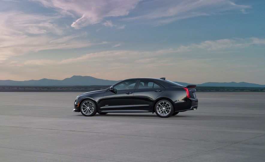 2016 Cadillac ATS-V coupe - Slide 24