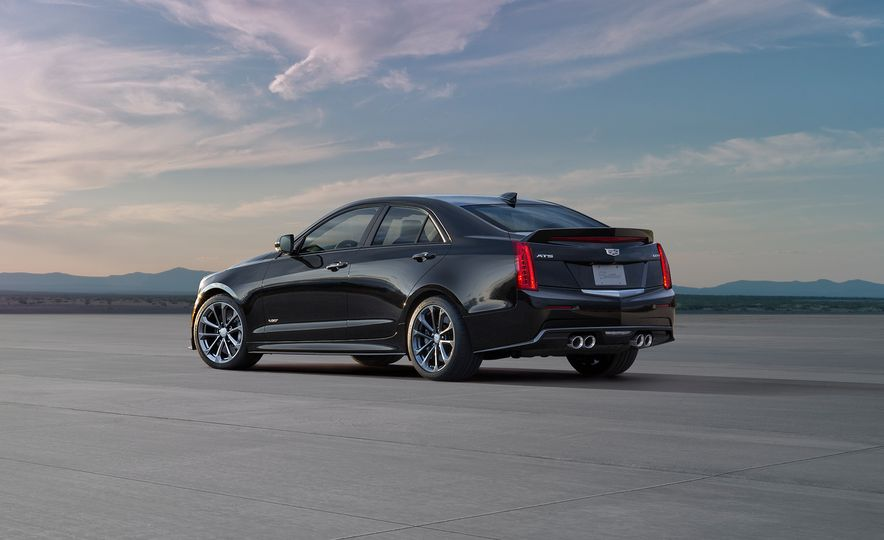 2016 Cadillac ATS-V coupe - Slide 25