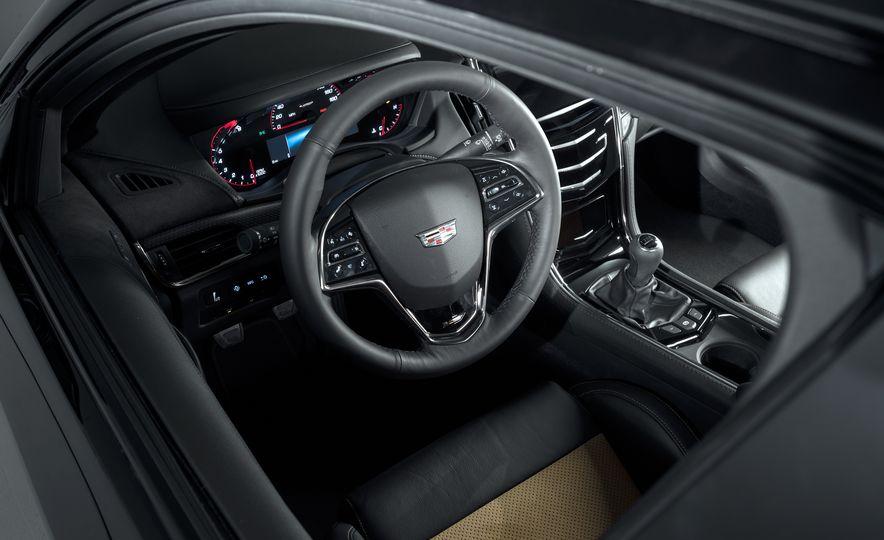2016 Cadillac ATS-V coupe - Slide 29