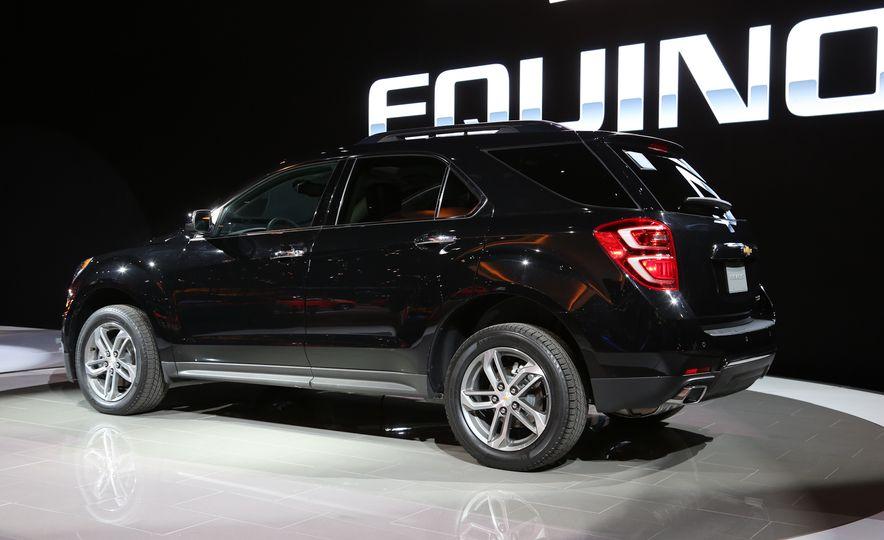 2016 Chevrolet Equinox LTZ - Slide 3