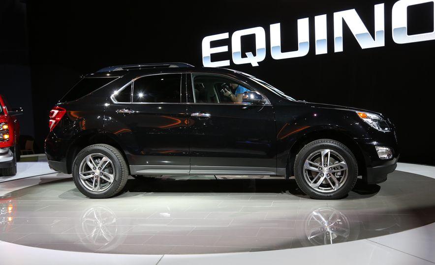 2016 Chevrolet Equinox LTZ - Slide 6