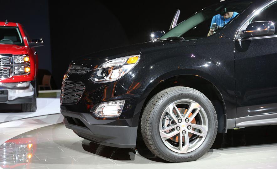 2016 Chevrolet Equinox LTZ - Slide 13