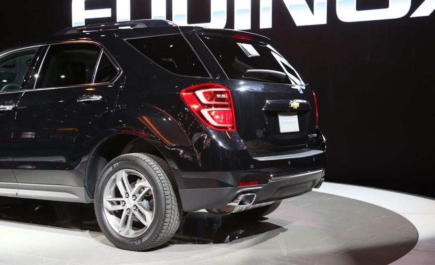 2016 Chevrolet Equinox LTZ - Slide 16