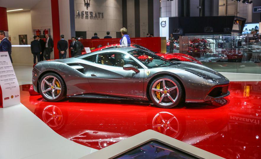 2016 Ferrari 488GTB - Slide 11