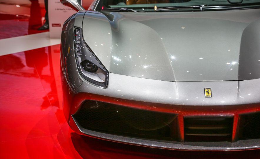 2016 Ferrari 488GTB - Slide 20