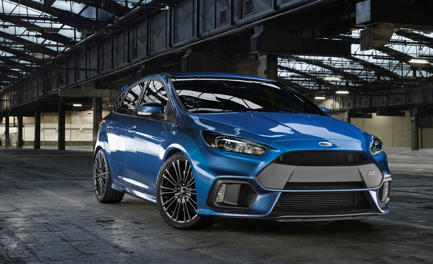 2016 Ford Focus RS - Slide 18