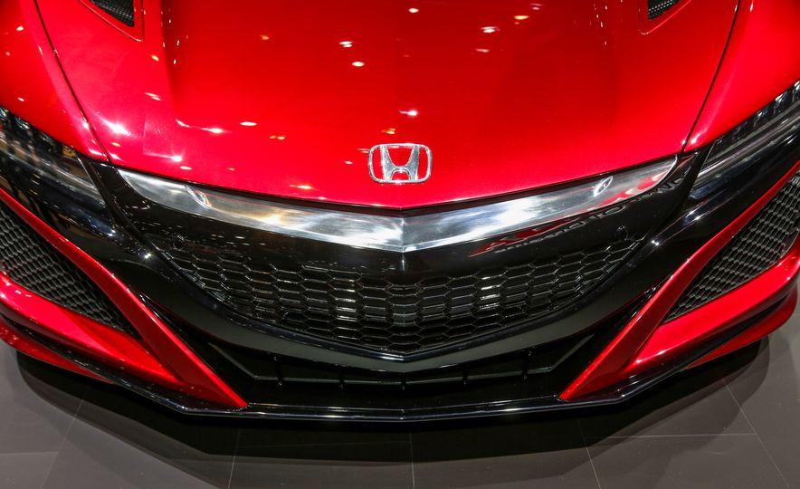 2016 Honda NSX - Slide 19