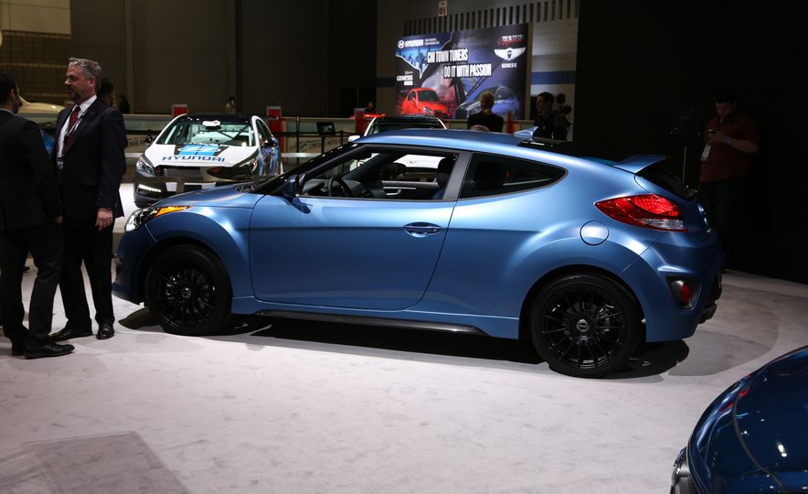 2016 Hyundai Veloster Turbo Rally Edition - Slide 7