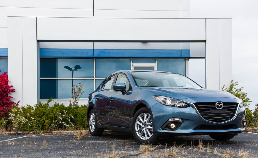 2015 Mazda 3 2.5L hatchback - Slide 44