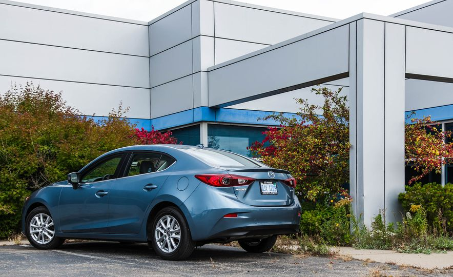 2015 Mazda 3 2.5L hatchback - Slide 45