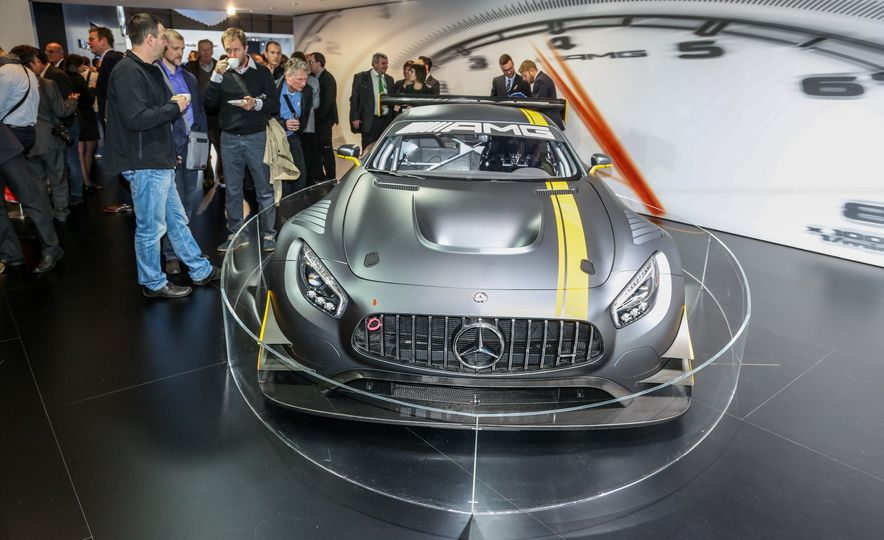 2016 Mercedes-AMG GT3 - Slide 3