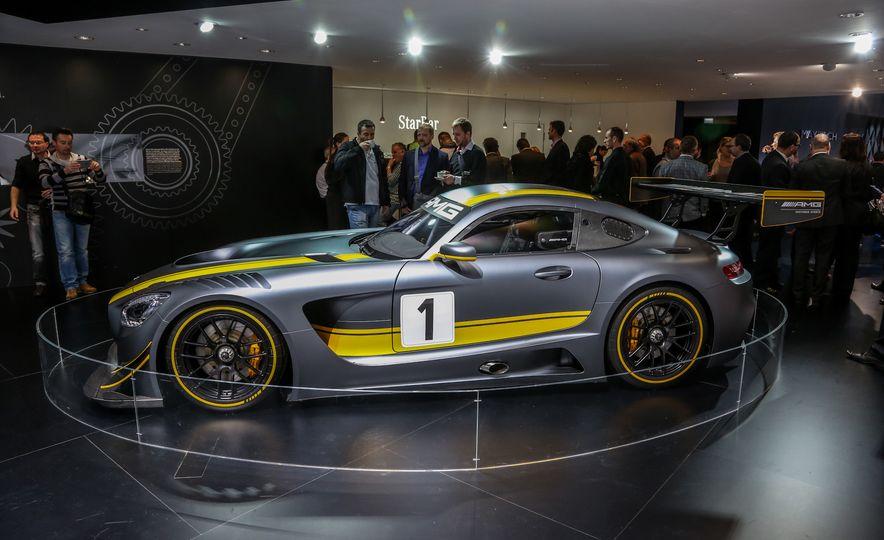 2016 Mercedes-AMG GT3 - Slide 6