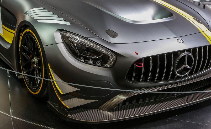 2016 Mercedes-AMG GT3 - Slide 11