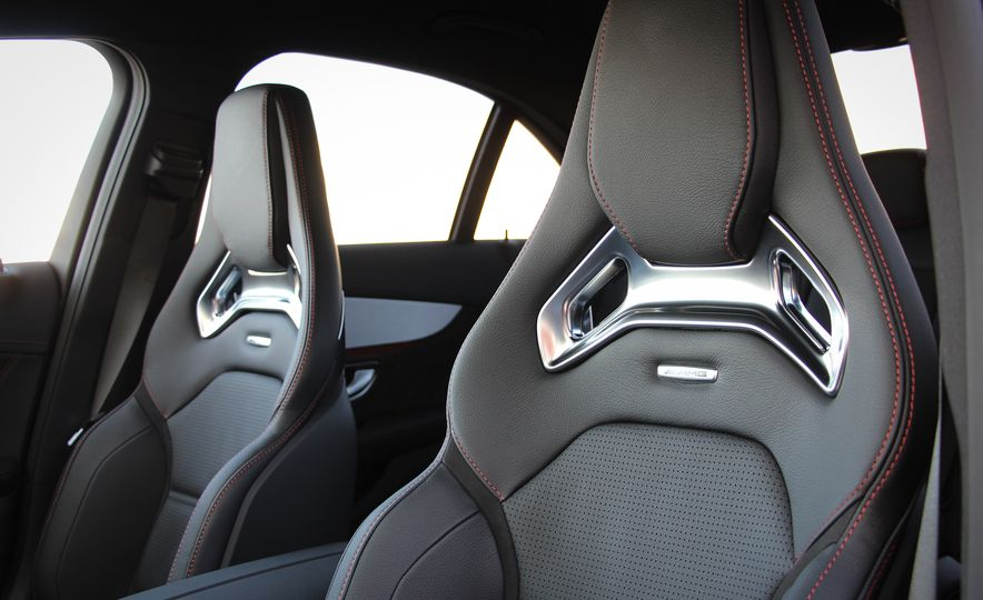 2016 Mercedes-Benz C450 AMG 4MATIC - Slide 26