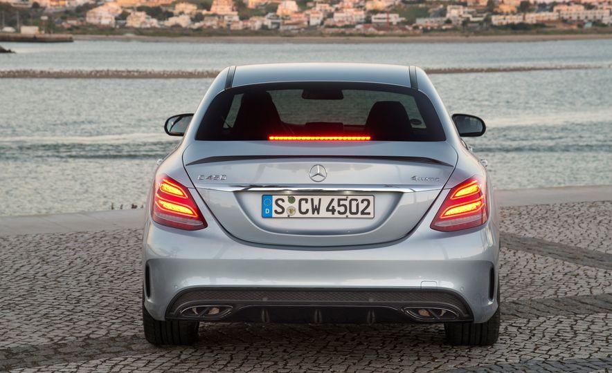 2016 Mercedes-Benz C450 AMG 4MATIC - Slide 41