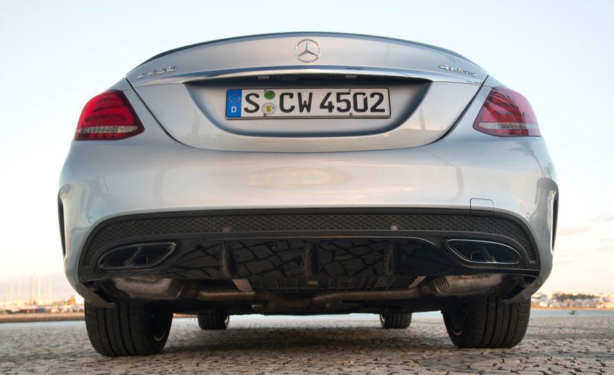 2016 Mercedes-Benz C450 AMG 4MATIC - Slide 44