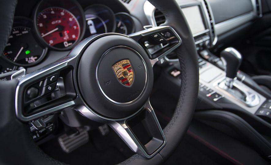 2016 Porsche Cayenne GTSs - Slide 41