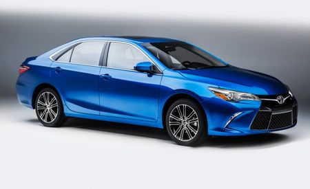 I'm Special, So Special: 2016 Toyota Camry Special Edition Gonna Make You Notice