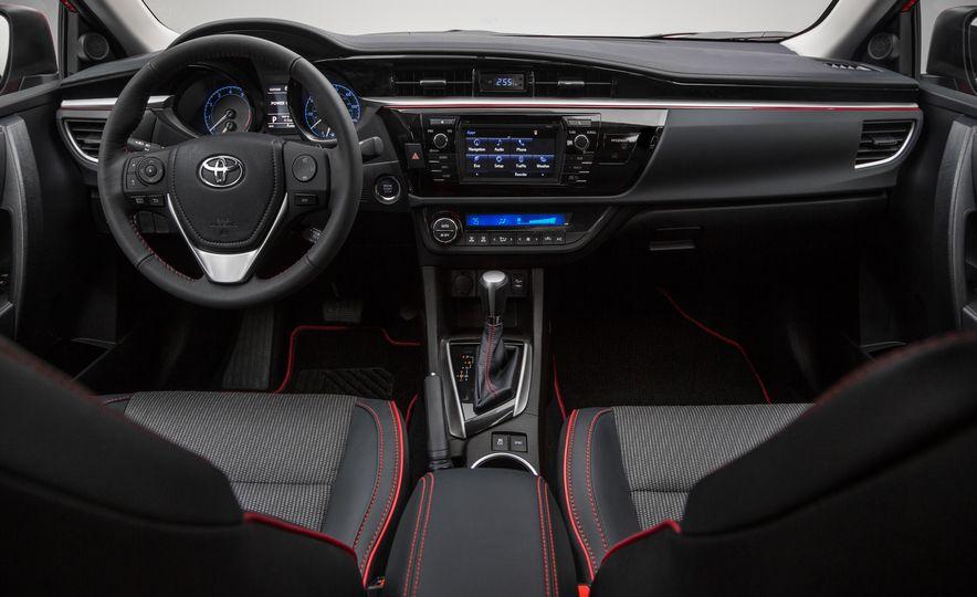 2016 Toyota Corolla Special Edition - Slide 6