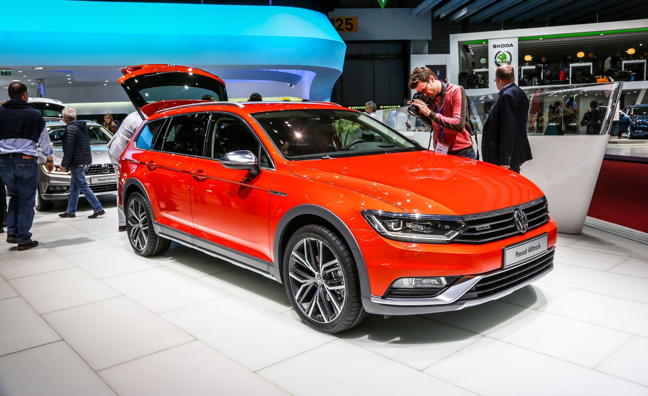Passat Alltrack Usa >> 2016 Volkswagen Passat Alltrack Wagon Euro Spec Pictures Photo