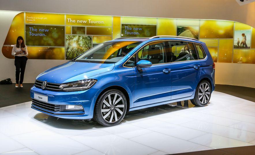 2016 Volkswagen Touran - Slide 2